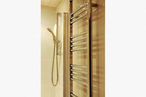 Tackroom shower